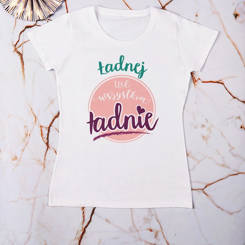 koszulka - jaki prezent na urodziny dla kobiety